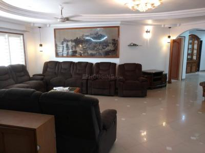 Gallery Cover Image of 3200 Sq.ft 4 BHK Independent House for rent in Navrangpura for 50000