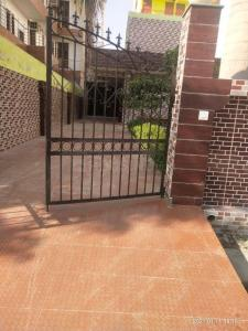 Gallery Cover Image of 5500 Sq.ft 4 BHK Villa for buy in Sector 51 for 26000000