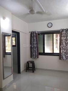 Gallery Cover Image of 330 Sq.ft 1 BHK Apartment for rent in Saraf Chaudhary Nagar CHS, Kandivali East for 16000