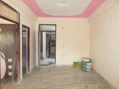 Gallery Cover Image of 650 Sq.ft 2 BHK Apartment for buy in Sector 62 for 2200000