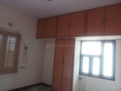Gallery Cover Image of 1550 Sq.ft 3 BHK Independent House for rent in Ramapuram for 25000