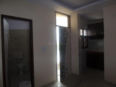 Gallery Cover Image of 405 Sq.ft 1 BHK Apartment for rent in Sector 3 Dwarka for 9000