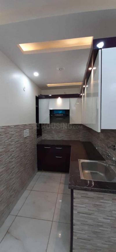 Kitchen Image of 850 Sq.ft 3 BHK Independent Floor for buy in Uttam Nagar for 4800000