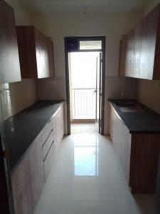 Gallery Cover Image of 1020 Sq.ft 2 BHK Apartment for rent in Bhayandarpada, Thane West for 18000