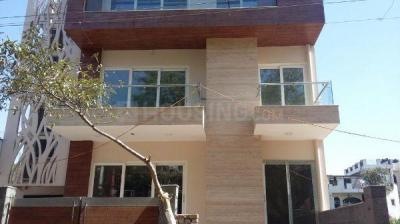 Gallery Cover Image of 1080 Sq.ft 2 BHK Independent Floor for rent in Sushant Lok I for 24000