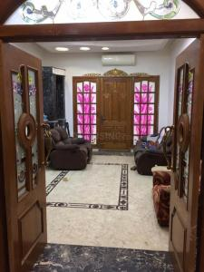 Gallery Cover Image of 10000 Sq.ft 9 BHK Villa for buy in Kodambakkam for 100000000