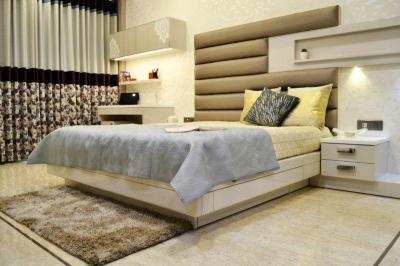 Gallery Cover Image of 1619 Sq.ft 3 BHK Apartment for buy in Rustomjee Summit, Borivali East for 29200000
