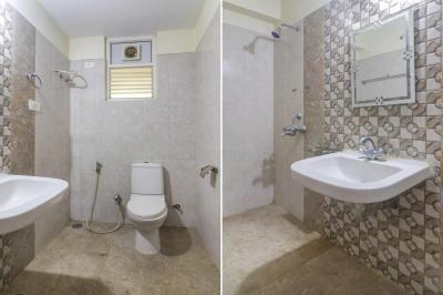 Bathroom Image of Oyo Life Hyd1424 in Kondapur