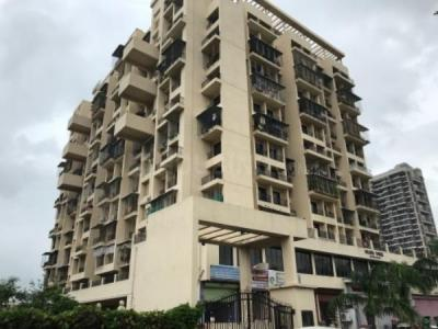 Gallery Cover Image of 650 Sq.ft 1 BHK Apartment for buy in Jumeirah Golden Tower, Taloja for 3800000