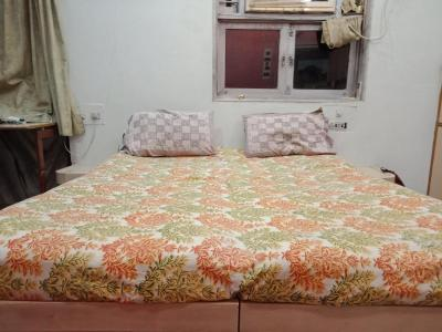 Gallery Cover Image of 650 Sq.ft 2 BHK Apartment for rent in Ghatkopar East for 35000