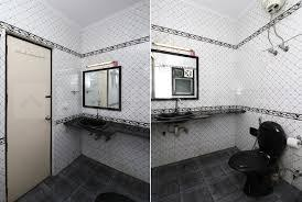 Bathroom Image of PG 7237395 Sector 24 in DLF Phase 3