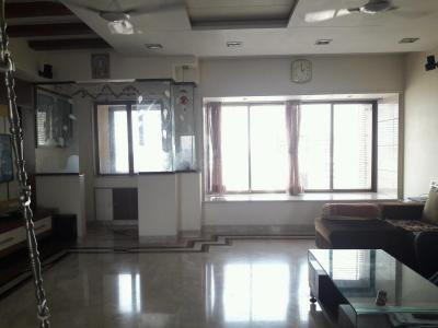 Gallery Cover Image of 2250 Sq.ft 4 BHK Apartment for buy in Kandivali West for 40000000