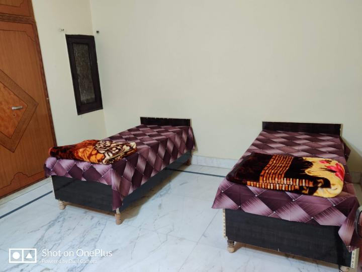 Hall Image of Shubh Mangal PG in Sector 7 Rohini