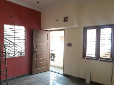 Gallery Cover Image of 1000 Sq.ft 2 BHK Apartment for rent in Kacharakanahalli for 18000