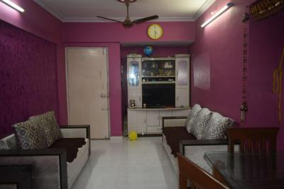 Gallery Cover Image of 820 Sq.ft 2 BHK Apartment for rent in Rutu Enclave, Kasarvadavali, Thane West for 24000