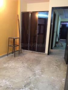 Gallery Cover Image of 1050 Sq.ft 2 BHK Apartment for rent in Paschim Vihar for 18000