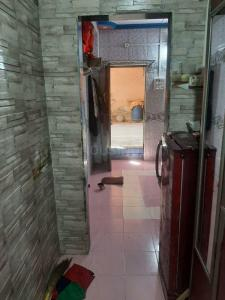 Gallery Cover Image of 350 Sq.ft 1 RK Apartment for rent in Virar East for 4000