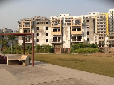 Gallery Cover Image of 1061 Sq.ft 3 BHK Independent Floor for buy in Sector 75 for 3200000