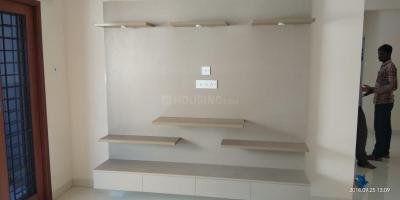 Gallery Cover Image of 1000 Sq.ft 2 BHK Apartment for rent in Vadapalani for 25000