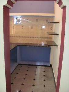 Gallery Cover Image of 850 Sq.ft 2 BHK Apartment for rent in Krishnarajapura for 7500