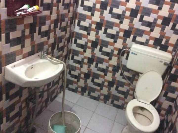 Bathroom Image of Prayag PG in Sector 17