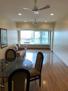 Gallery Cover Image of 1500 Sq.ft 3 BHK Apartment for rent in Oceanic Apartment, Cumballa Hill for 150000
