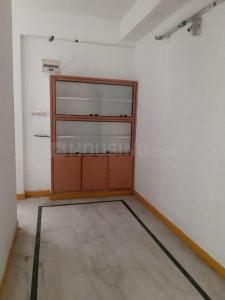 Gallery Cover Image of 750 Sq.ft 2 BHK Apartment for rent in Hyderguda for 16000