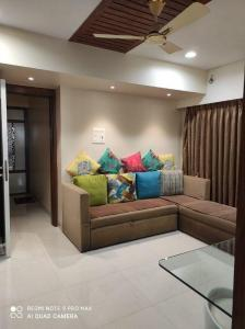 Gallery Cover Image of 475 Sq.ft 1 BHK Apartment for buy in Gala Pride Park, Thane West for 7300000