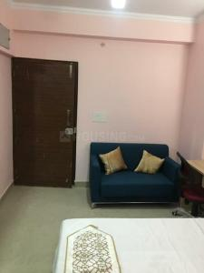 Gallery Cover Image of 670 Sq.ft 1 BHK Apartment for rent in Nimbus The Golden Palms, Sector 168 for 16500