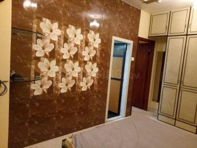 Gallery Cover Image of 790 Sq.ft 1 BHK Apartment for rent in Akhand Abhar CHS, Khar West for 53000