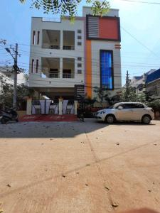 Gallery Cover Image of 5068 Sq.ft 10 BHK Independent House for buy in Kapra for 23500000