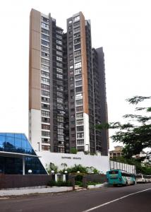 Gallery Cover Image of 1250 Sq.ft 3 BHK Apartment for rent in Kandivali East for 38000