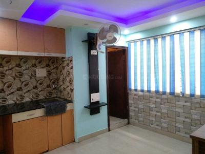 Gallery Cover Image of 550 Sq.ft 1 BHK Apartment for rent in Shree Tower, Baguiati for 14000