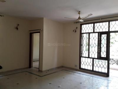 Gallery Cover Image of 1410 Sq.ft 3 BHK Independent Floor for rent in Sector 52 for 26000