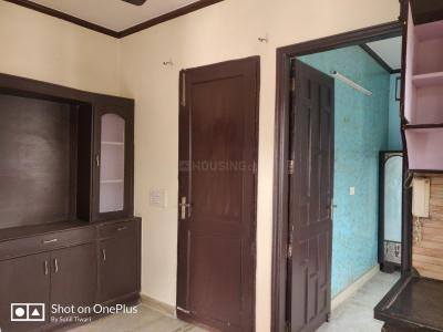 Gallery Cover Image of 630 Sq.ft 2 BHK Independent Floor for rent in Model Town for 15000