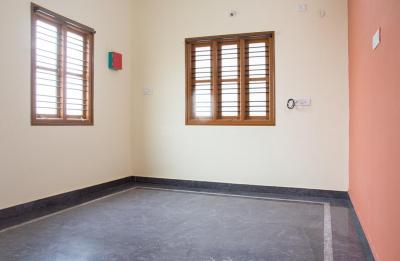 Gallery Cover Image of 950 Sq.ft 2 BHK Independent House for rent in Munnekollal for 19400