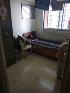 Gallery Cover Image of 310 Sq.ft 1 BHK Apartment for rent in Dahisar East for 9500