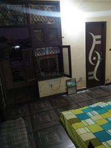 Gallery Cover Image of 450 Sq.ft 1 BHK Independent Floor for rent in Sahibabad for 6000