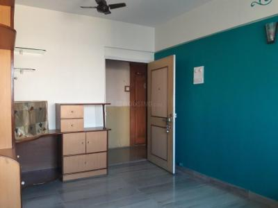 Gallery Cover Image of 560 Sq.ft 1 BHK Apartment for rent in Dahisar East for 21000