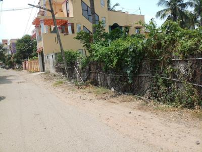 Gallery Cover Image of  Sq.ft Residential Plot for buy in Vadaperumbakkam for 1500000