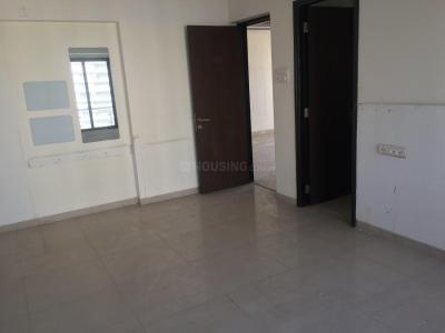 Gallery Cover Image of 1200 Sq.ft 2 BHK Apartment for rent in Girgaon for 125000
