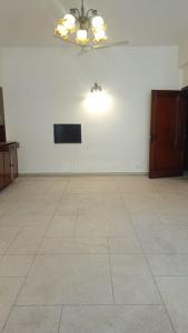 Gallery Cover Image of 2700 Sq.ft 3 BHK Independent Floor for rent in Greater Kailash for 70000