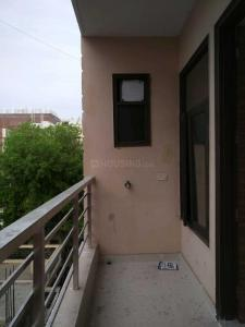 Gallery Cover Image of 1400 Sq.ft 3 BHK Independent Floor for rent in Chhattarpur for 15000
