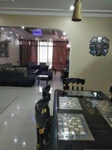 Gallery Cover Image of 3009 Sq.ft 4 BHK Apartment for buy in Sector 31 for 12000000