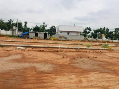 Gallery Cover Image of 1100 Sq.ft Residential Plot for buy in Kadugodi for 3300000