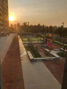 Gallery Cover Image of 1180 Sq.ft 2 BHK Apartment for buy in Goyal Orchid Woods, Narayanapura for 7800000