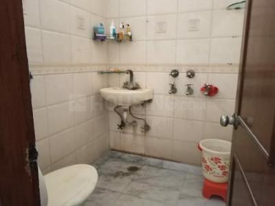 Bathroom Image of Kapoor Girls PG in Govindpuri