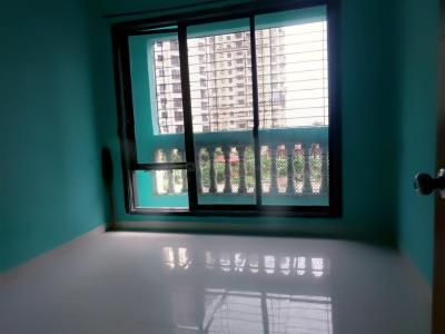 Gallery Cover Image of 590 Sq.ft 1 BHK Apartment for rent in Seawoods for 19500