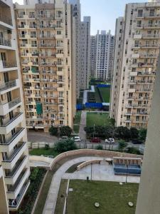 Gallery Cover Image of 1525 Sq.ft 3 BHK Apartment for buy in Park Generation, Sector 37D for 7800000