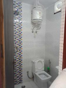 Bathroom Image of Pankaj PG in Malviya Nagar